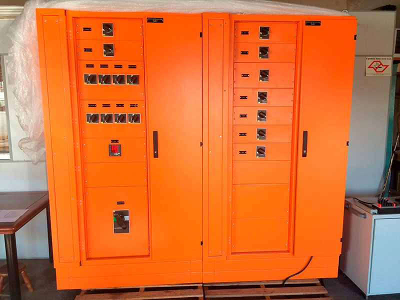 Painéis de distribuição elétrica