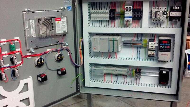 Painéis elétricos de baixa e média tensão